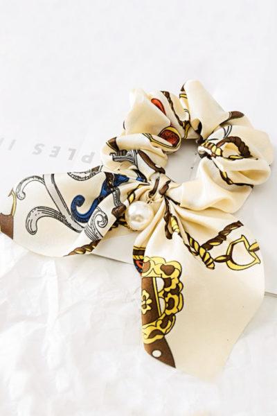 Luxusná gumička do vlasov - biely satén