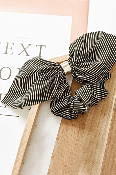 Ozdobná gumička Sailor čierna