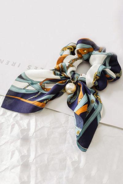 Luxusná gumička do vlasov - modrý satén